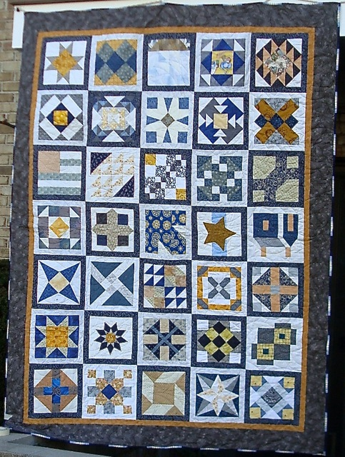 And here it is in all it's finality: Grandmother's Choice. (And you thought I never actually finished any of my quilts!)